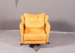 oriana_yellow_armchair